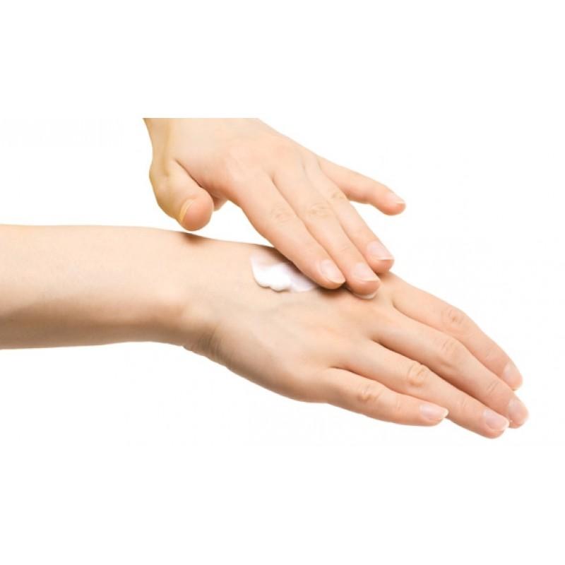 DIY乳木果油潤手霜
